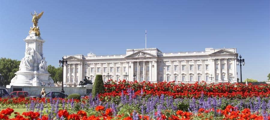 Cerca la Regina durante la tua vacanza in Europa