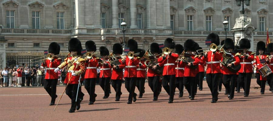 Bande di guardie in marcia in Europa