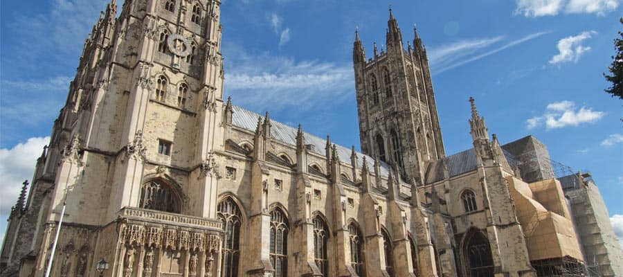 Cruise to London and make your way to The Canterbury Cathedral