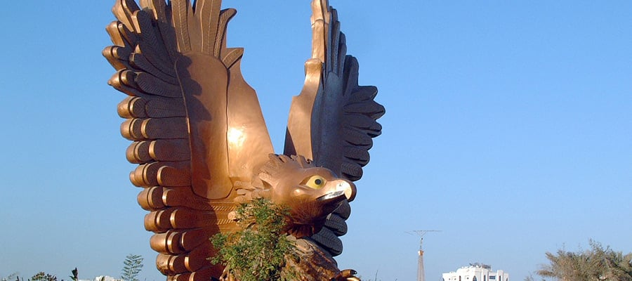 Stunning Statues on your Fujairah Cruises