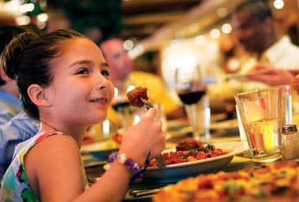 Cruzeiros para famílias com uma ampla variedade de opções gastronômicas