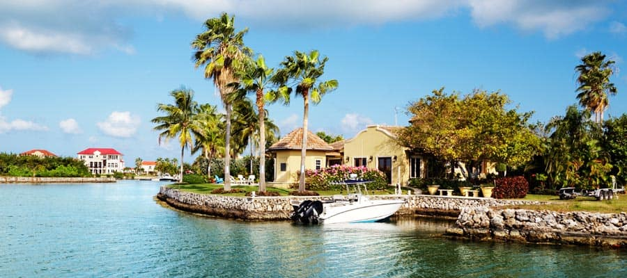 Crociera per George Town, Grand Cayman