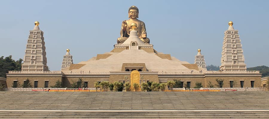 The world's largest sitting Buddha on a Kaohsiung Cruise