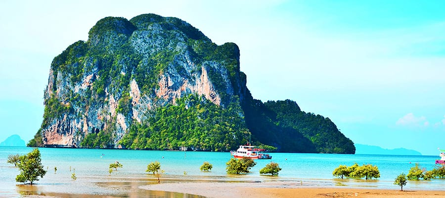 Beautiful beaches on a Ko Samui Cruises