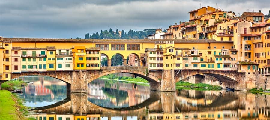 Pone Vecchio over Arno river on your Europe cruise