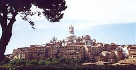 フィレンツェ/ピサ(リボルノ)、イタリア