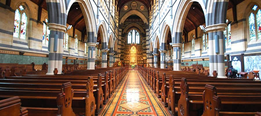 Interior of St. Paul Cathedral on a Melbourne Cruise