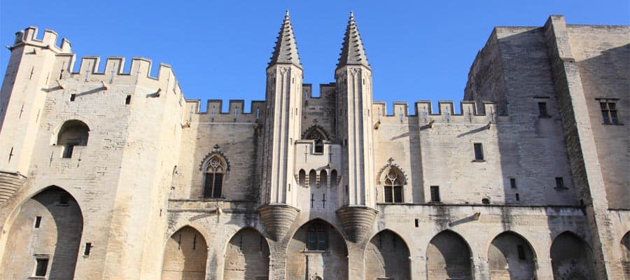 Papstpalast von Avignon auf Ihrer Provence-Kreuzfahrt