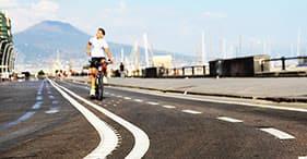 Mit dem Fahrrad durch Neapel