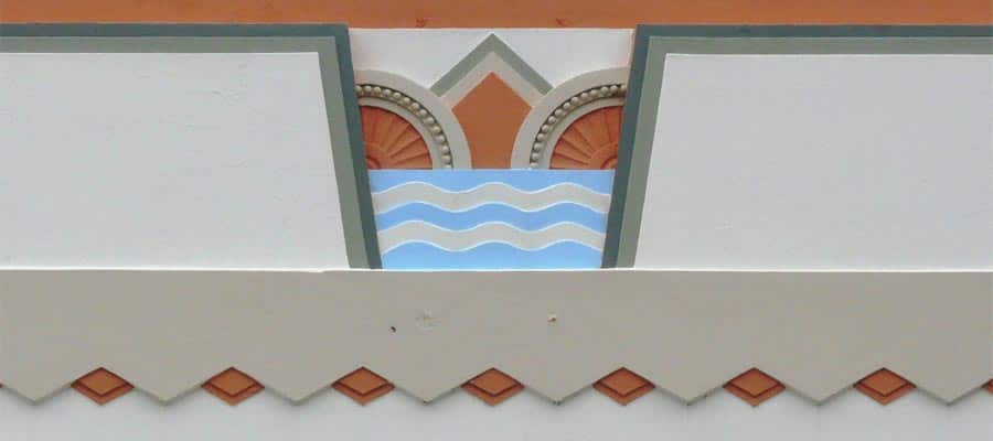 Art Deco feature on a Napier Cruise