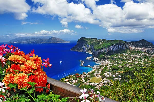 Capri, crociera in Italia