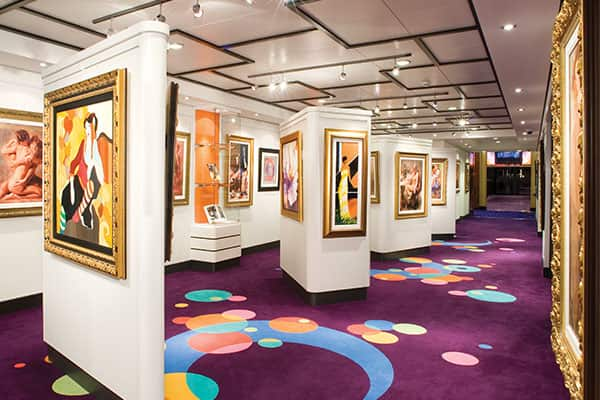 cruise art gallery