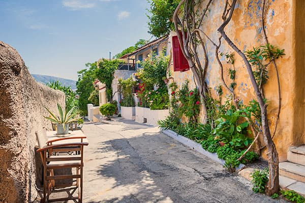 Cruise to quaint towns in Athens