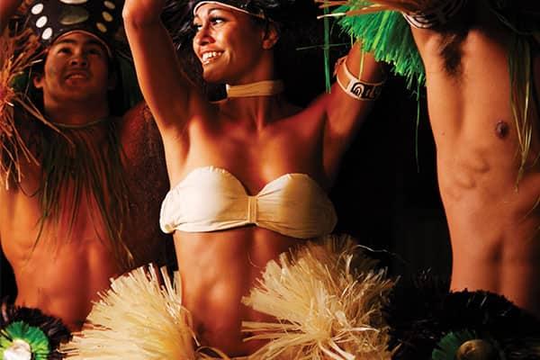 Concurso de hula no seu cruzeiro no Havaí