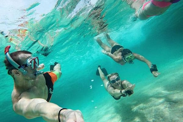 Snorkel in Great Stirrup Cay