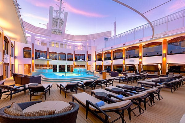 The Haven Courtyard en el Norwegian Epic
