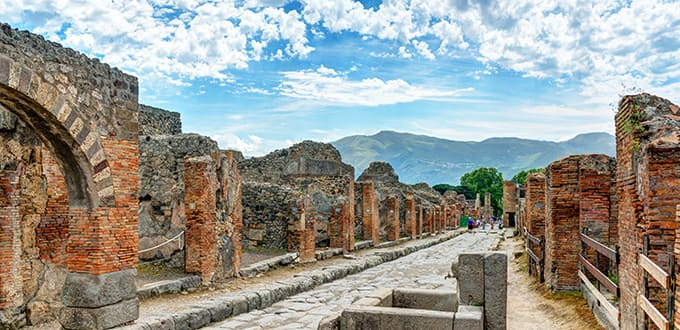 Take a trip back in time in Pompeii