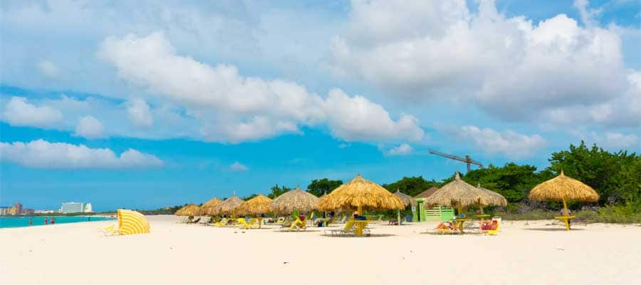 Cruise to Aruba's beaches