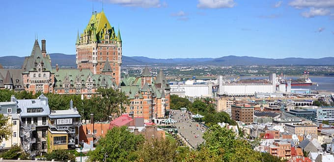 Discover the historical heart of Vieux Quebec.