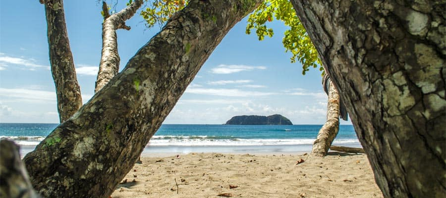 Manuel Antonio Public Beach on a Puntarenas cruise