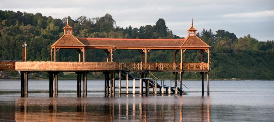 Cruise to the Pier at Lllanquihue lake