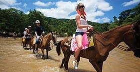 Cavalli, kayak e snorkeling