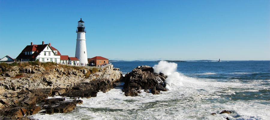 Lighthouse in Canada & New England cruise