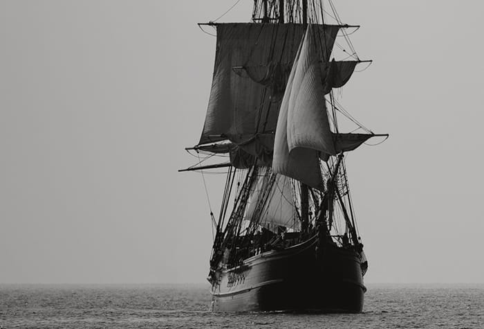 1600s pirate ship