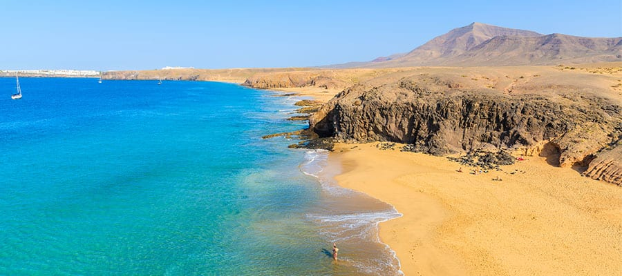 Visit Papagayo beach on your Arrecife cruise