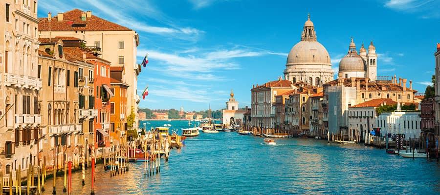 O Grande Canal será um destaque de seu cruzeiro na Europa