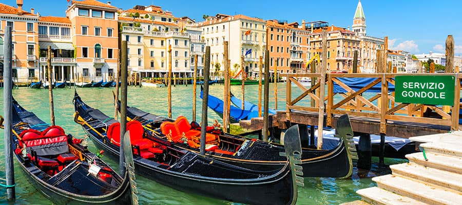 Explore Veneza em sua própria gôndola