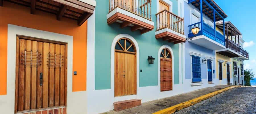 Colourful buildings on your Caribbean cruise