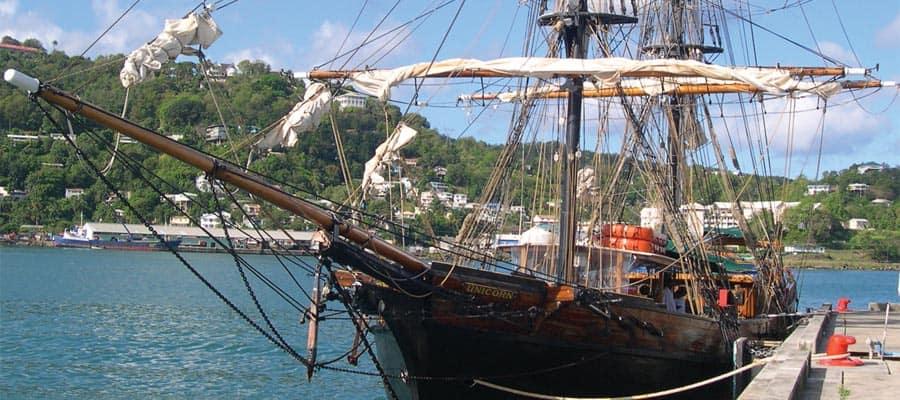 Crucero divertido de piratas de Santa Lucía