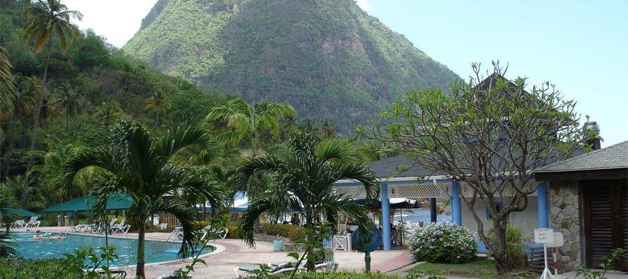 Mira las Pitons de cerca en Santa Lucía