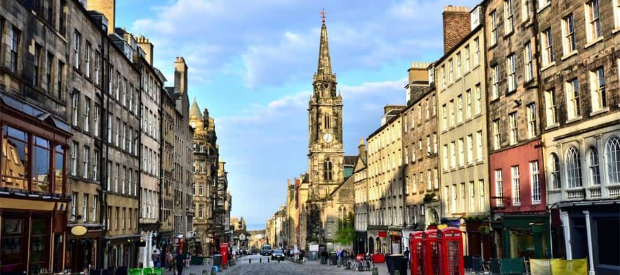 Historic Royal Mile on your Europe cruise