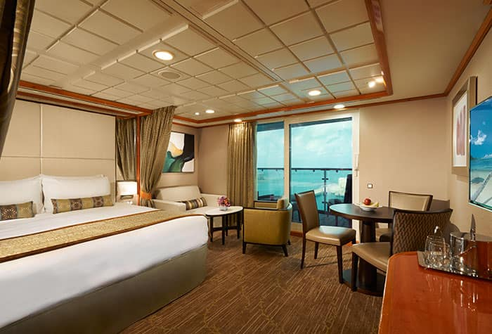 Penthouse de frente para a popa no Norwegian Dawn