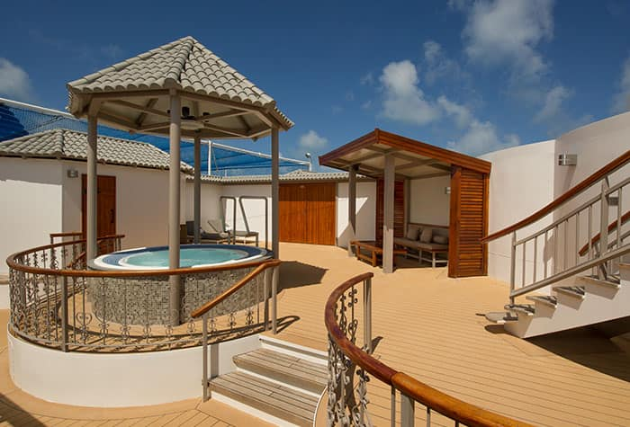 3-Bedroom Garden Villa Courtyard on Norwegian Dawn