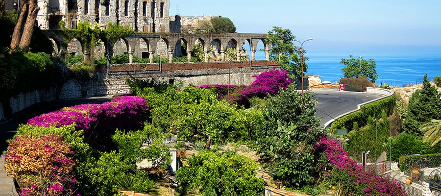 Beautiful landscapes on Taormina Cruise