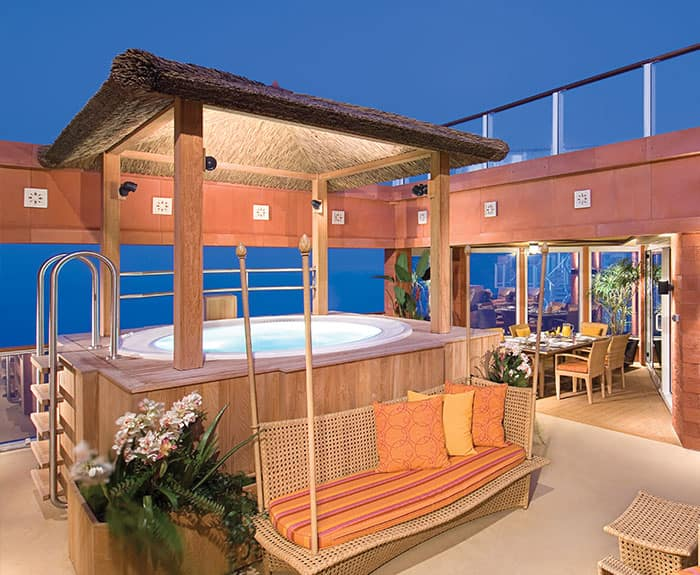 The Haven's 3-Bedroom Garden Villa Courtyard on Norwegian Pearl