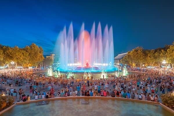 Disfruta el espectáculo impresionante de la Fuente Mágica