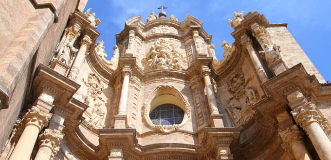 Capture centuries of architectural styles at Valencia Cathedral