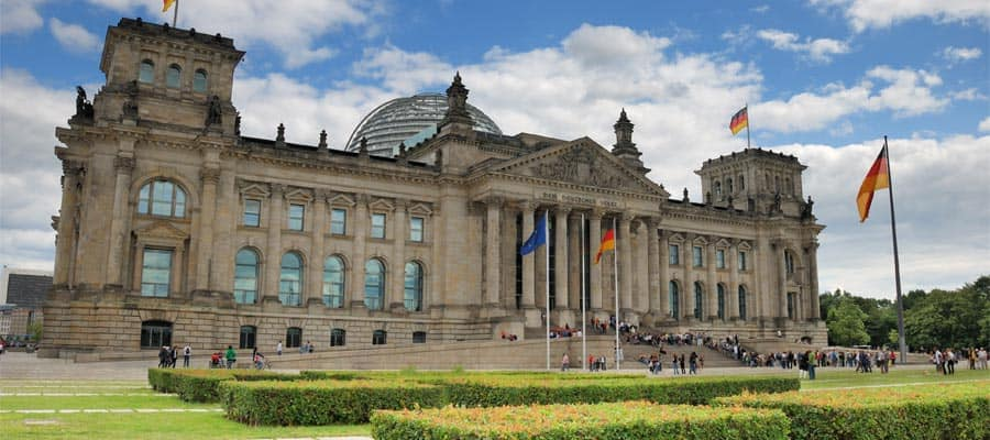The Reichstag building on your Europe holiday