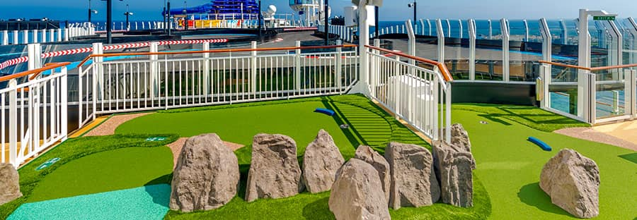Mini Golf at Sea
