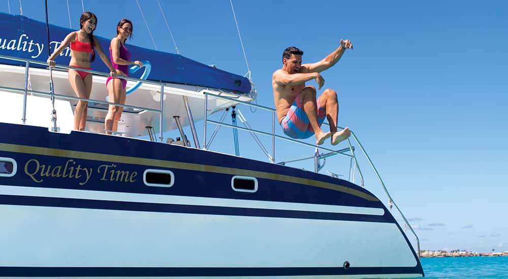 Excursion à bord d'un catamaran