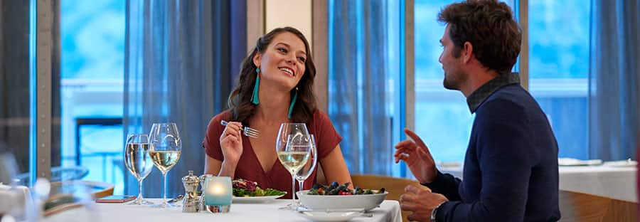 Norwegian Jewel Dining