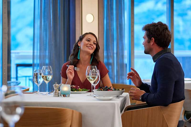 Spectacular cruise dining Norwegian Cruise Line