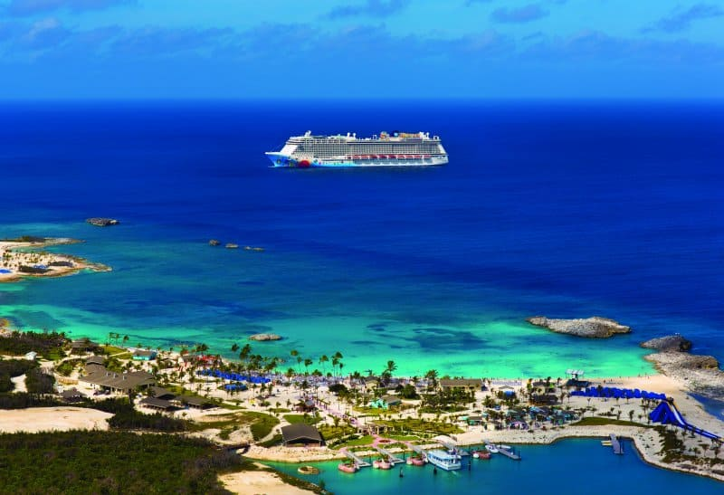 Norwegian Breakaway in Great Stirrup Cay