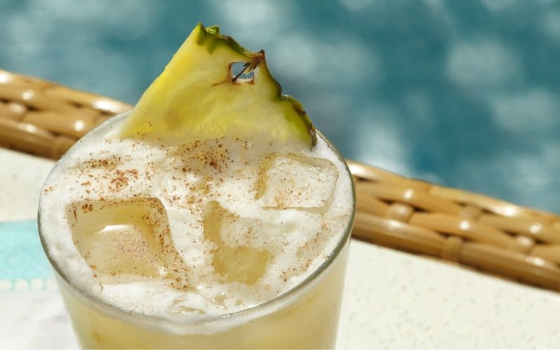 Must-Try Drinks of The Bahamas
