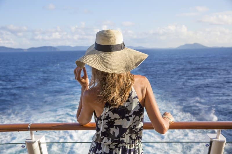 Cruising Solo: 6 Ways to Engage with Other Travelers
