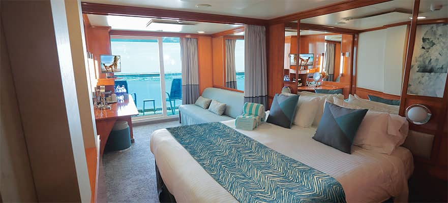 Aft-Facing Club Balcony Suite